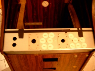 Joystickmask and paper buttons on the panel